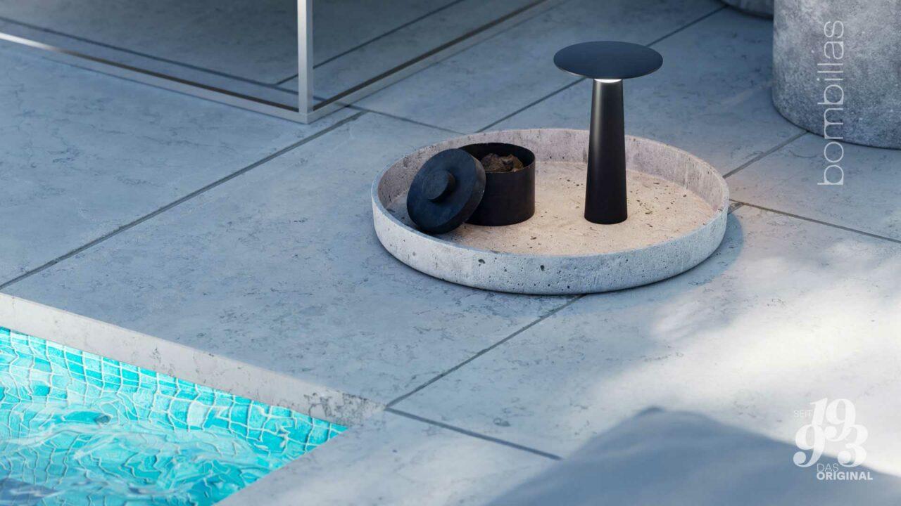 Akku-Leuchte kabellos für draußen - Sommerangebot Bombillas Rosenheim auf dem Tablett